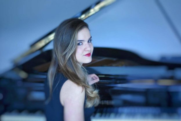 Julia Metzmacher Klavierlehrerin an den JRS