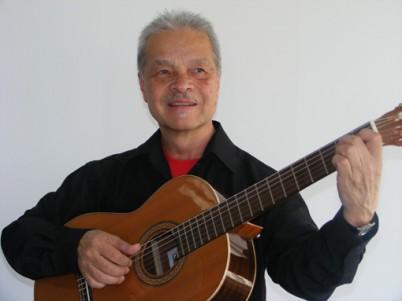Leonardo Palacios-Paz Gitarrenlehrer an den JRS