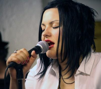 Monique Frey Dozentin für Gesang an den JRS