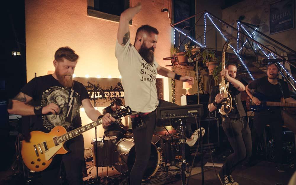 fuerstenberg-lokalderby-band-web
