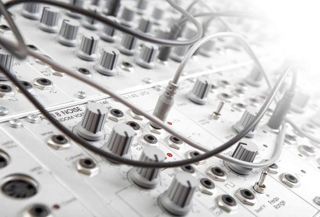modularer-synthesizer-web